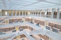 Stuttgart, Germania - 21 maggio 2015: La biblioteca pubblica di Stuttgart, Fotografia Stock Libera da Diritti