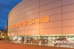 Stuttgart, musée de Porsche Images libres de droits