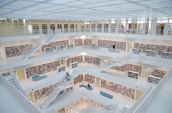 Stuttgart Niemcy, Maj, - 21, 2015: Stuttgart biblioteka publiczna, Obraz Royalty Free