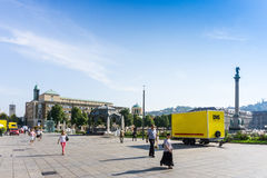 STUTTGART TYSKLAND - September 15, 2016: Schlossplatz är laren Royaltyfri Bild