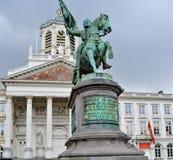 Stutue av Godefroid de Bouillon i Bryssel, Belgien Royaltyfri Foto