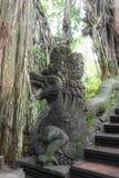 Stutue im heiligen Affe-Wald, Ubud, Bali, Indonesien Lizenzfreies Stockbild