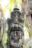 Stutue im heiligen Affe-Wald, Ubud, Bali, Indonesien Stockfoto