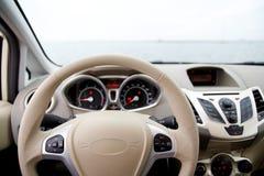 Stuurwiel en dashboard Royalty-vrije Stock Foto's