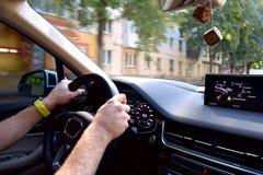 Stuurwiel en dashboard van de auto royalty-vrije stock afbeelding