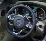 Stuurwiel van de Klassencabriolet van Mercedes-Benz C Royalty-vrije Stock Foto