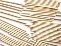 Stuzzicadenti di legno di colore beige fotografia stock libera da diritti