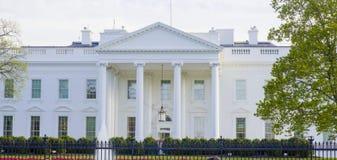 Stwarza ognisko domowe prezydent 7, 2017 - Biały dom w washington dc - washington dc KOLUMBIA, KWIECIEŃ - Zdjęcie Royalty Free