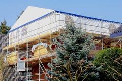 Stwarza ognisko domowe Wśrodku odbudowy na zewnątrz odświeżanie projekta Zdjęcie Royalty Free