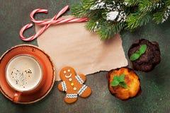 Stycke av papper för julönska Arkivfoto