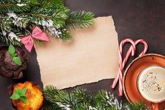 Stycke av papper för julönska Arkivbilder