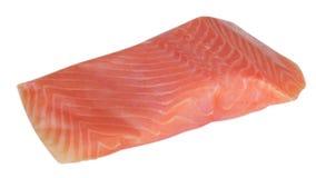 Stycke av röda den isolerade fiskfilén Royaltyfri Bild