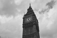 Stycke för Big Ben ` s Tid i svartvitt Arkivfoton