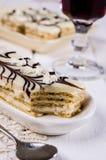 Stycken av den ljusbruna kakan Royaltyfri Bild