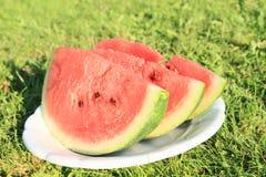 Stycken av vattenmelonen Arkivfoton