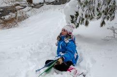 Styczeń 33c krajobrazu Rosji zima ural temperatury Dziewczyny głowa, drzewa i gdziekolwiek zakrywa z śniegiem zdjęcie royalty free
