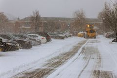 Styczeń 04 2018 NY Nowy Jork: Śnieżnego usunięcia pojazd usuwa śnieg Obraz Royalty Free