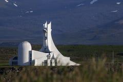 Stykkisholmur kyrka Island, Juli 2014 royaltyfri bild