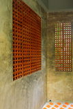 Style de mur par la brique clairsemée Photographie stock libre de droits