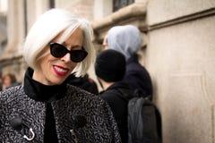 Style de rue : Milan Fashion Week Autumn /Winter 2015-16 photos libres de droits