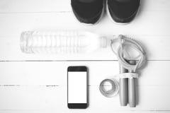 Style noir et blanc de couleur de ton d'équipement de forme physique Photographie stock libre de droits