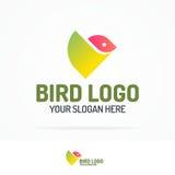 Style plat moderne géométrique réglé de couleur de logo d'oiseau pour vos affaires illustration de vecteur