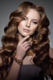 Style PO de Vogue de haute couture de Girl Beauty Woman de modèle de haute couture Photos stock