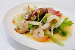 Style thaïlandais de salade de fruits de mer Photographie stock