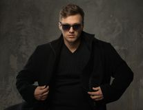 Stylish man in black coat Royalty Free Stock Photography