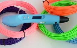stylo 3d et plastique coloré Photo libre de droits