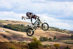 Stylu wolnego motocross przedstawienie fotografia stock