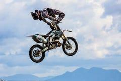 Stylu wolnego motocross przedstawienie zdjęcia stock