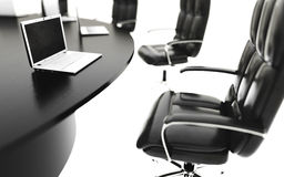 Styrelse-, mötesrum- och konferenstabell med anteckningsböcker äganderätt för home tangent för affärsidé som guld- ner skyen till Fotografering för Bildbyråer