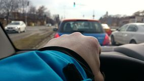 Styrning av bilen Arkivfoton