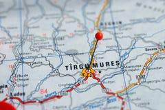 Suécia Éstocolmo, o 7 de abril de 2018: Cidades europeias em séries do mapa Close up de Tirgumures Imagens de Stock Royalty Free