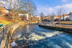 Suécia de Norrtalje - 1º de abril de 2017: Cidade velha de Norrtalje, Suécia foto de stock royalty free