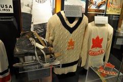 Suéteres del salón de la fama del hockey Fotografía de archivo