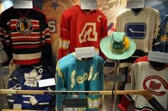 Suéteres del salón de la fama del hockey Imagen de archivo