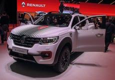Suíça; Genebra; 9 de março de 2019; Edição do GELO de Renault Alaskan; A 89th exposição automóvel internacional em Genebra do 7a  imagem de stock royalty free