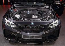 Suíça; Genebra; 8 de março de 2018; A parte dianteira de BMW M2 com aberto fotos de stock