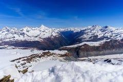 Suíça suíço de Zermatt da paisagem das montanhas dos cumes Imagem de Stock Royalty Free