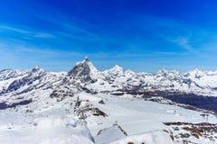 Suíça suíço de Zermatt da paisagem das montanhas dos cumes Foto de Stock Royalty Free