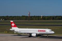 Suíço Airbus A320 em Imagens de Stock Royalty Free