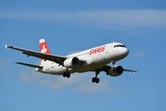 Suíço Airbus/A320-214/HB-IJL Imagem de Stock Royalty Free