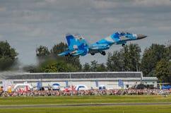 Η ουκρανική επίδειξη SU-27 κατά τη διάρκεια του αέρα του Ράντομ παρουσιάζει 2013 Στοκ Εικόνα