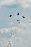 SU-27 aviafighters let out thermal traps Royalty Free Stock Photos