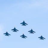 SU - 27 cavaleiros aerobatic do russo da equipe do russo Fotos de Stock