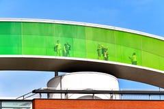 ` Su ` del panorama del arco iris en el tejado del ARoS Aarhus Art Museum Foto de archivo libre de regalías