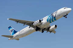 Su-GBW EgyptAir, Luchtbus A321-231 royalty-vrije stock afbeelding