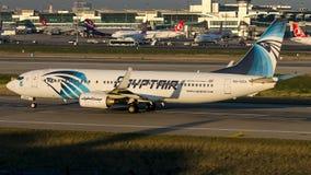 SU-GDA EgyptAir, Boeing 737-800 Fotografia de Stock